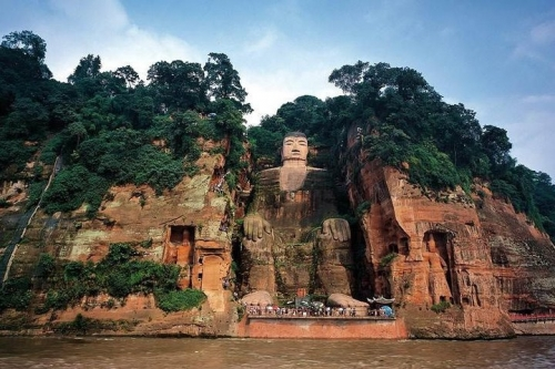 Leshan Giant Buddha and People's Park Day Trip